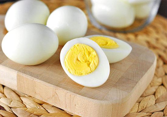 trứng luộc cho bà bầu